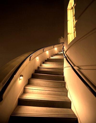 telescope_stairs.jpg